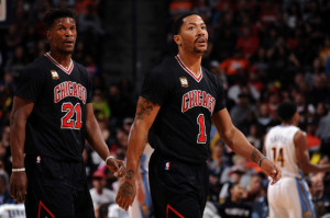 Even before the 2016-17 season has begun, the Bulls are looking to trade Jimmy Butler (left) and Derrick Rose, two of the team's top players.